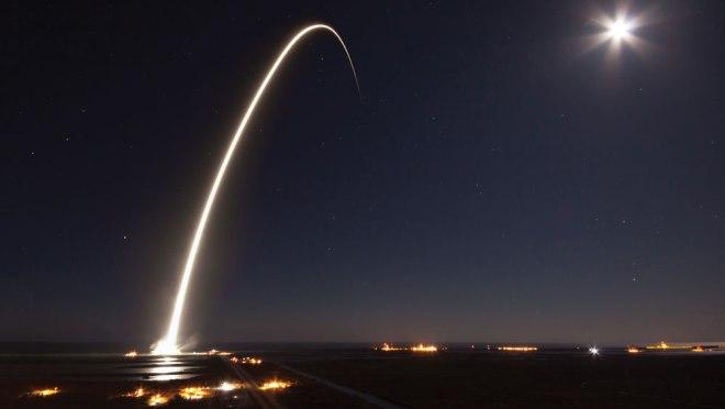 spacex-rocket2